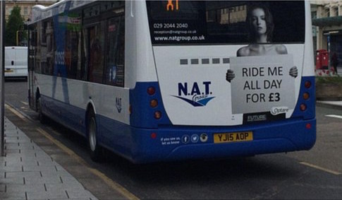 Topless bus